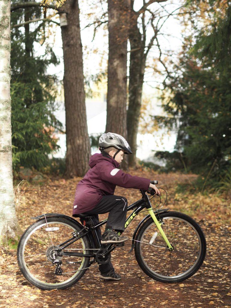lasten maastopyöräily